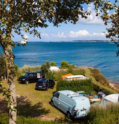 Ar Kleguer seaside campsite pitch