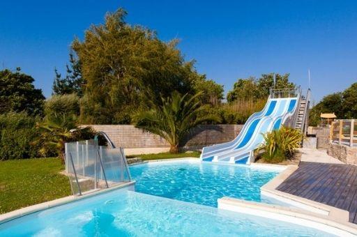 camping Finistère nord avec piscine et Toboggans, camping Ar Kleguer
