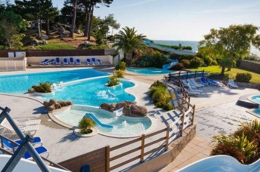 camping Finistère nord avec piscine extérieure chauffée, camping Ar Kleguer